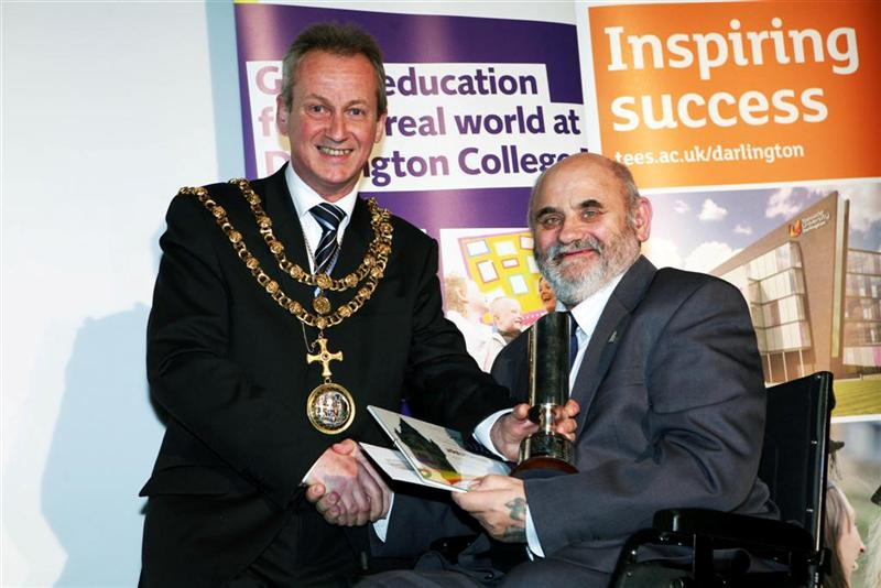 Gordon Pybus receiving his Citizen of the Year Award from Mayor Councillor Brain Thistlethwaite